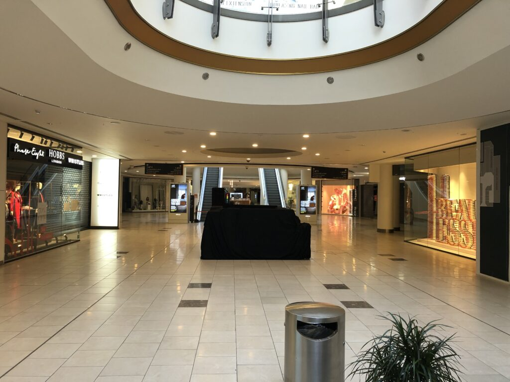 Retail site at Lakeside Shopping for Pop-up. Suitable for pet supplies popup, florist popup, art popup, home decor popup, shoe repair shop popup