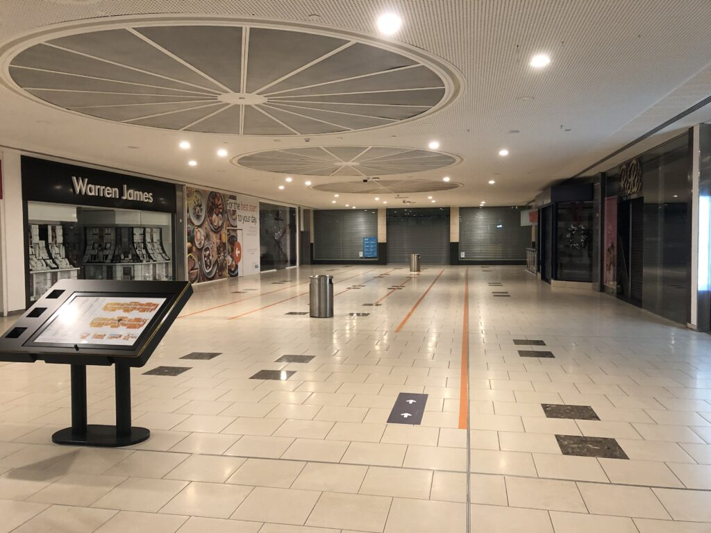 Retail site LM16 at Lakeside Shopping for Pop-up. Suitable for pet collars popup, baby clothes popup, skincare popup, teeth whitening popup, milkshake popup shop, baked goods popup shop